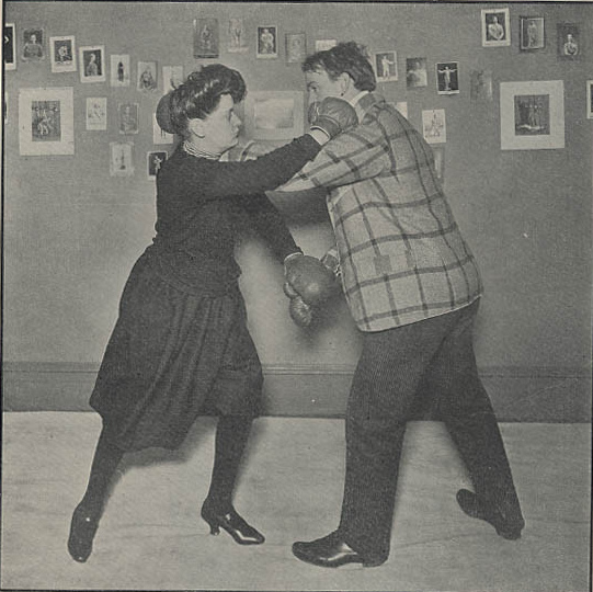 Funny Vintage Photos Of Women Boxing In High Heels From