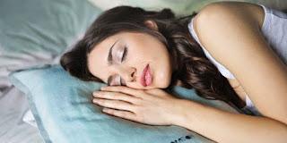 Kamar Tidur Terlalu Terang Bisa Bikin Stres dan Tidur Nggak Nyaman