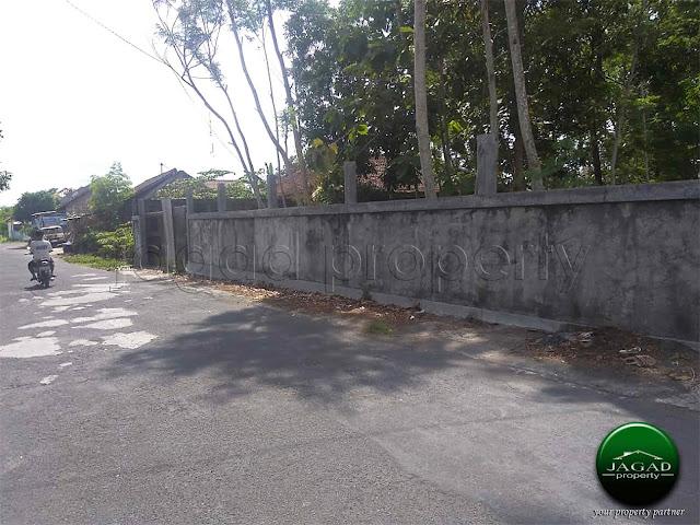 Tanah tepi jalan Aspal di Kadirojo, Kalasan