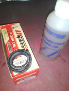 Gambar oil seal serta minyak fork