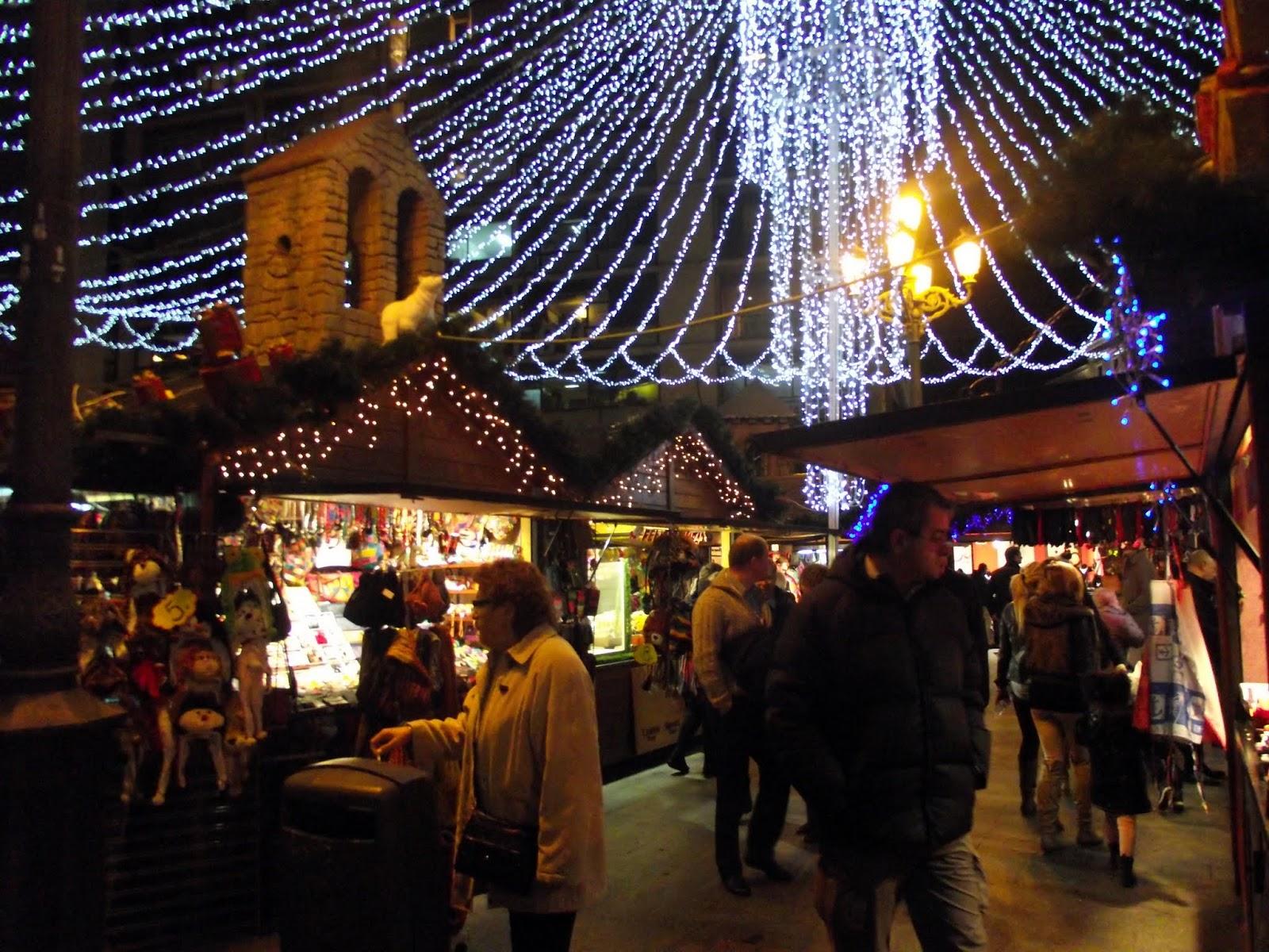 Mercados navideños, plaza de santa ana.
