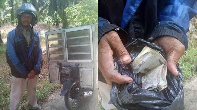 Penjual Roti Yang Dipalak Oleh Oknum Polisi Ini Jadi Viral Di Medsos, Begini Kondisinya Sekarang