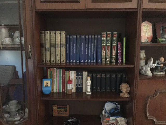 BIBLIOTECA EN BEIRES