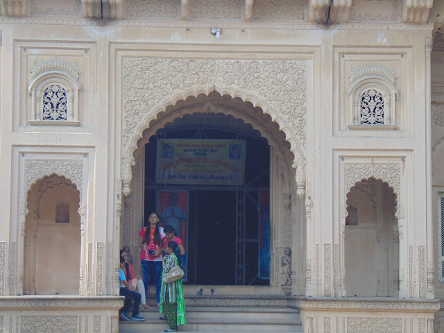 jaipur temple entrance
