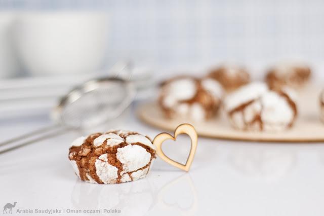 Podwójnie czekoladowe ciasteczka z wiśniami