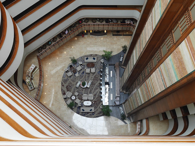 interior aryaduta bandung