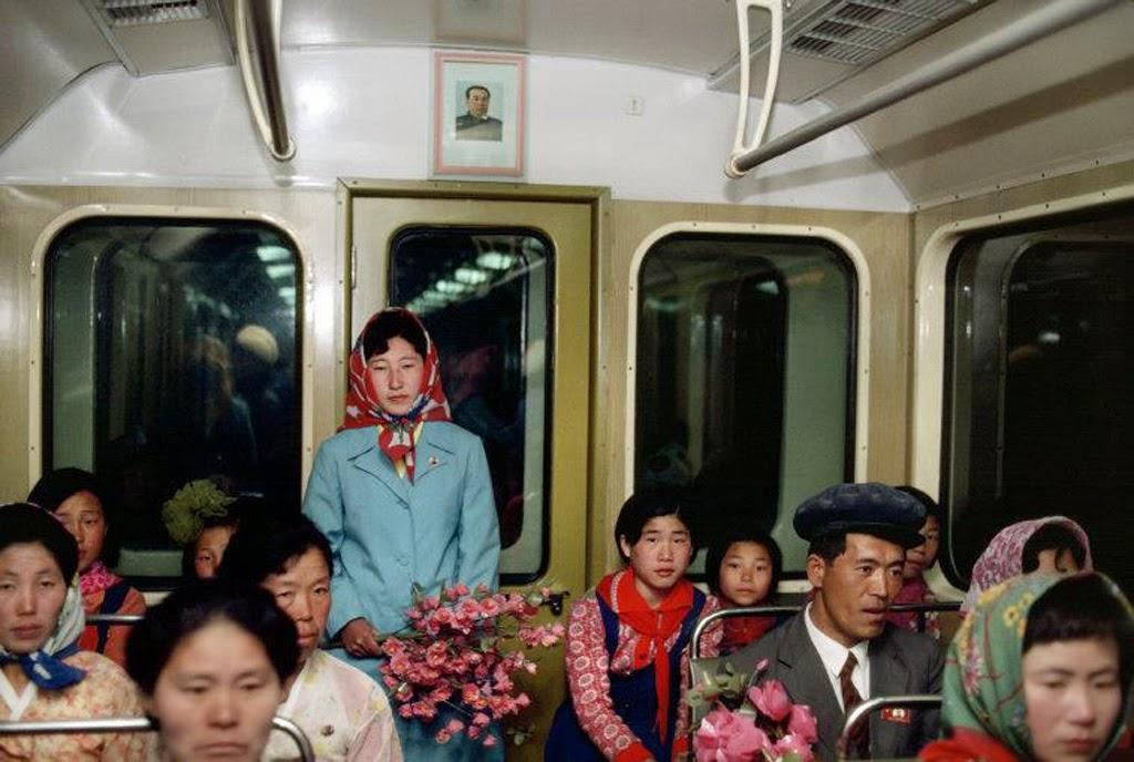 30 Interesting Vintage Photos That Capture Everyday Life ...
