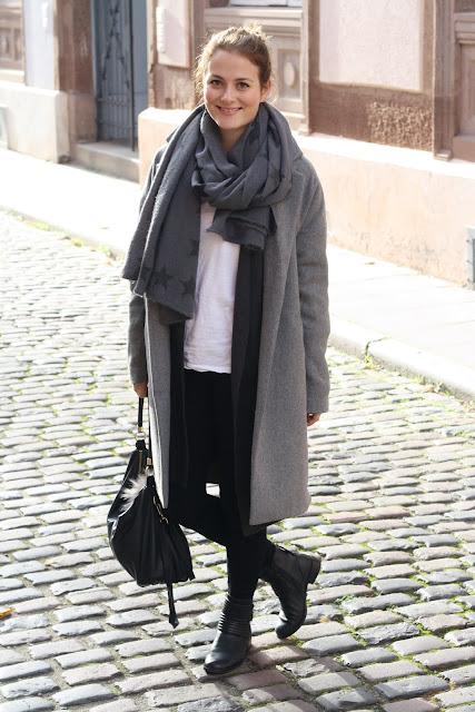 Grauer Mantel Outfit Modeblog Suttgart Outfit