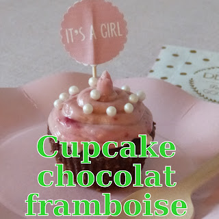 http://www.danslacuisinedhilary.blogspot.fr/2014/10/cupcake-chocolat-framboise-chocolate.html