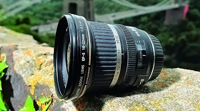 Anda diharuskan untuk lebih bersahabat dengan objek yang akan dibidik Tips Fotografi Memakai Lensa Wide-Angle