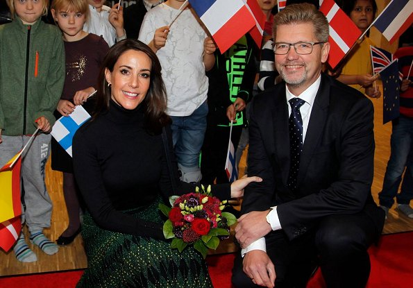 Princess Marie wore Baum und Pferdgarten Cyrila Skirt, and she wore Zara ankle boots and carried her Tara Jarmon bag