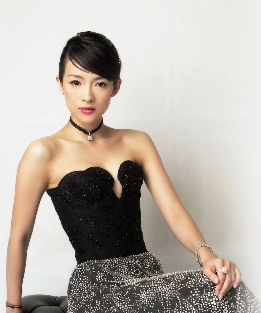 We Love Women: Zhang Z...