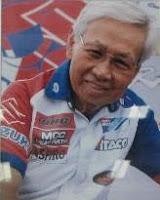 Michael Iskandar adalah Seorang Pembalap motor dan Ahli otomotif Indonesia Michael Iskandar - Penemu Teknologi Mesin BIG BANG