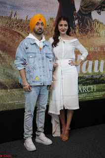 Anushka Sharma with Diljit Dosanjh at Press Meet For Their Movie Phillauri 001.JPG
