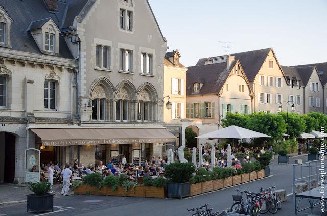 Chartres turismo Francia lugares encanto diario viaje roadtrip