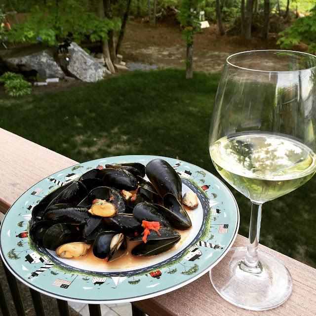 Campania Food & Wine Pairing: Falanghina & Mussels