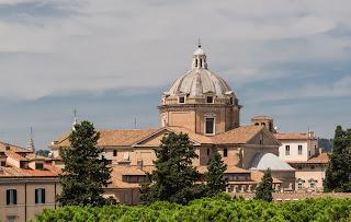 The Chiesa del Gesù in Rome was built to Vignola's design