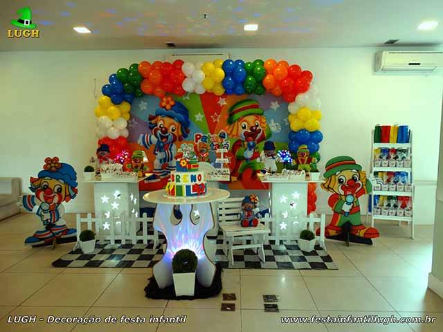 Decoração festa de aniversário infantil tema Patatí e Patatá - Provençal simples
