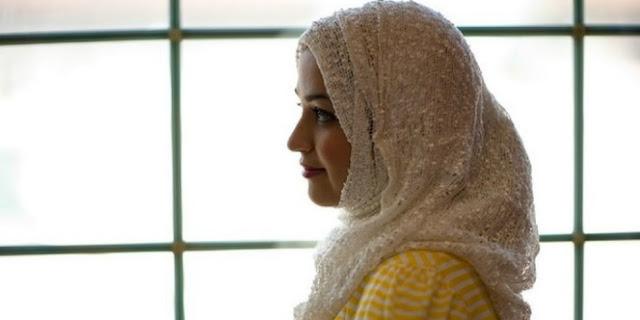 Dapatkan Hidayah, Satu Keluarga Pembenci Islam Ini Kini Menjadi Mualaf