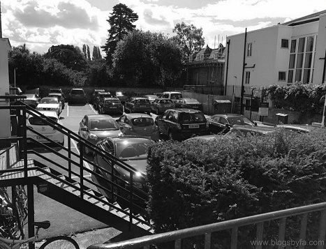 Mercure Oxford Eastgate Hotel parking