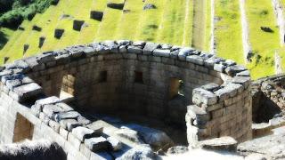 Templo do Sol de Machu Picchu: Esoterismo x Razão