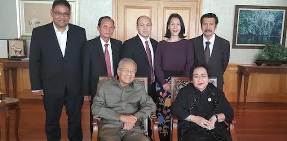 Suami Rachmawati Soekarnoputri Meninggal Dunia