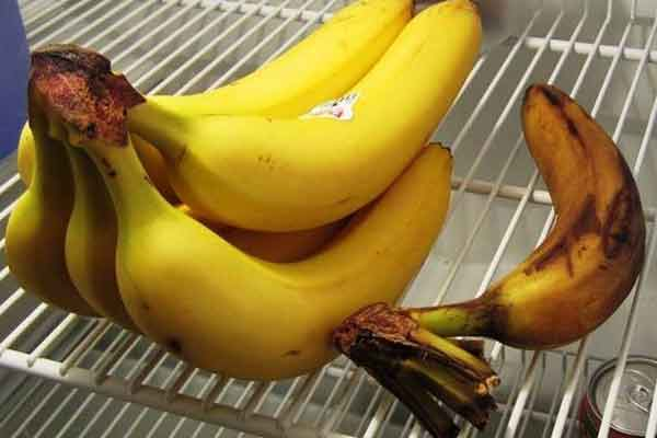 rosiile si bananele nu se pastreaza la frigider