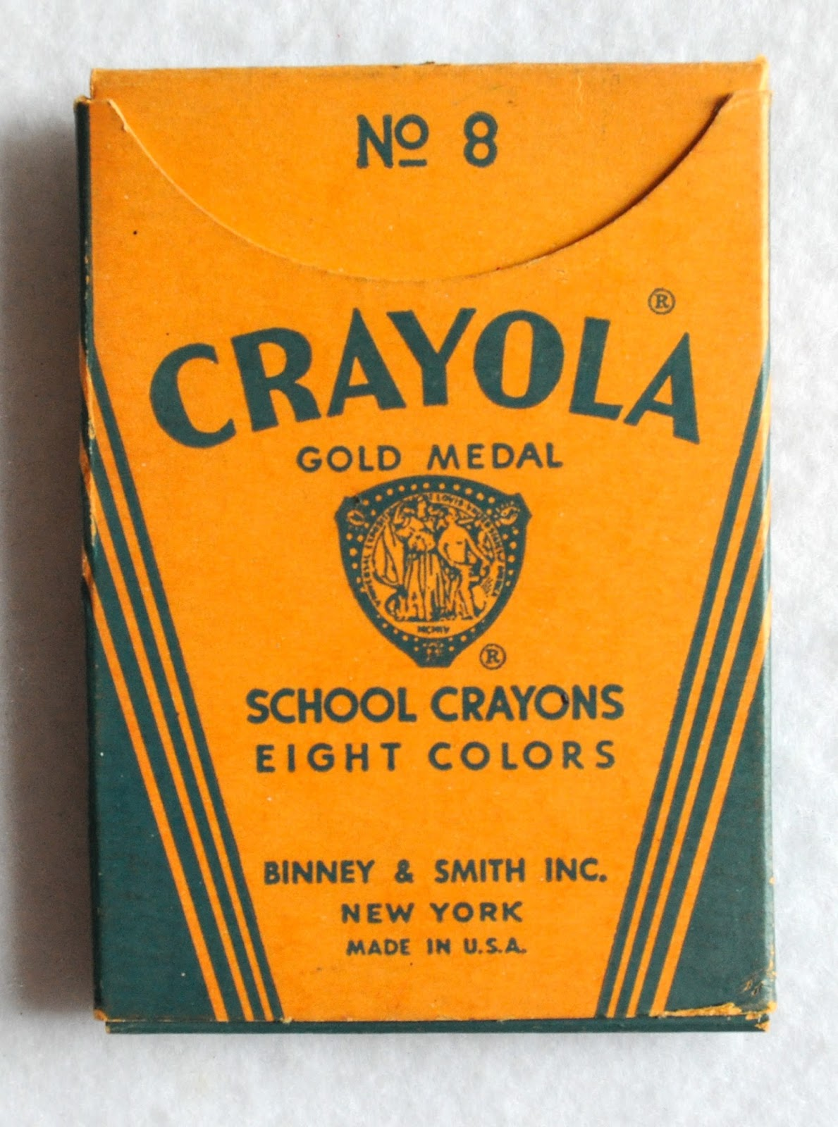 crayola gold medal school crayons what s inside the box jenny s