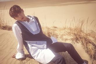 [COMEBACK] Longguo 김용국 regresa con Friday n Night, su primer mini álbum.
