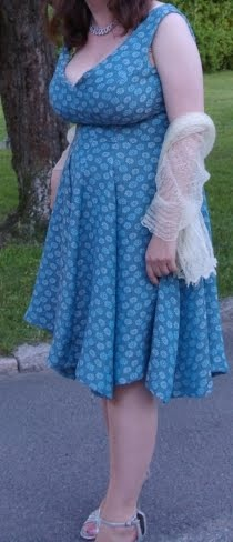 Fashionable Forties  So you want to wear a girdle  4ad19c82e