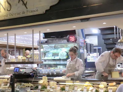 mercado paul bocuse lyon