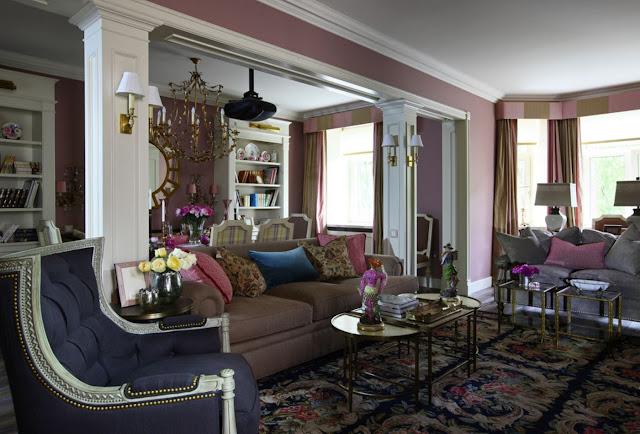 Красочный и романтичный интерьер квартиры в классическом стиле