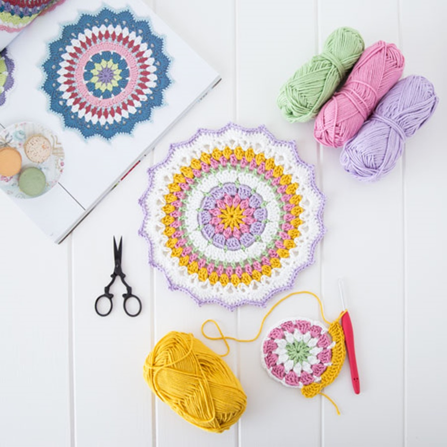 home decoration in crochet blog tour part 1 little. Black Bedroom Furniture Sets. Home Design Ideas