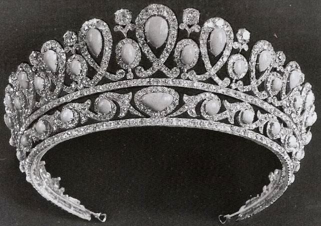 تيجان ملكية  امبراطورية فاخرة Turquoise%2BTiara%2B%25281895%2529%2Bby%2BFaberge%2Bfor%2BEmpress%2BAlexandra%2BFeodorovna%2B1