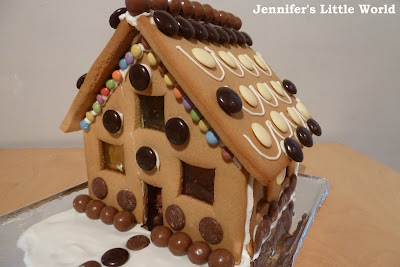 Making my first gingerbread house