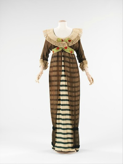 Paul Poiret 1910 Hobble Skirt in stripe displayed on mannequin