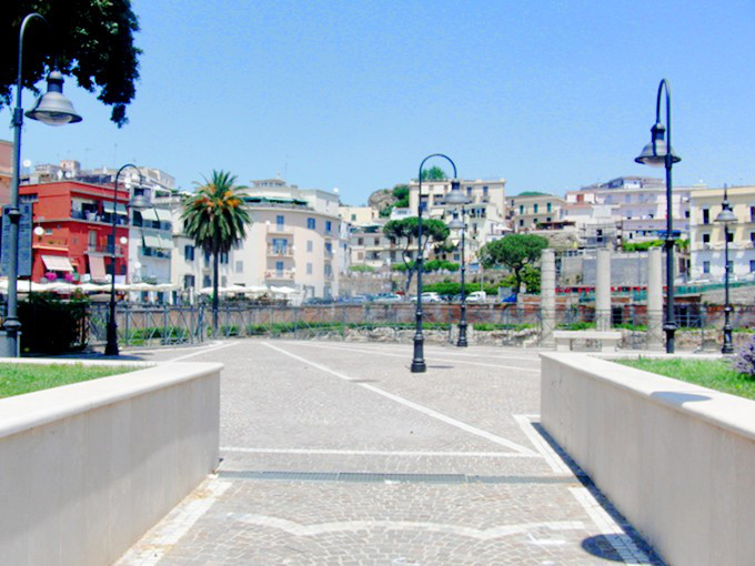 The Wayfarer - Naples, Italy