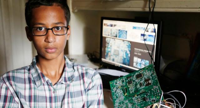 Ahmed Mohamed y su reloj bomba se viralizó en las redes sociales