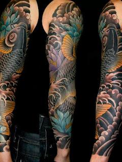 tatuaje de pez koi negro