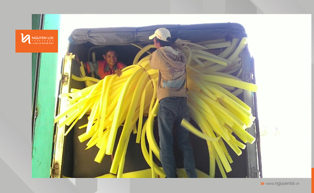 thuê xe tải chở hàng mút
