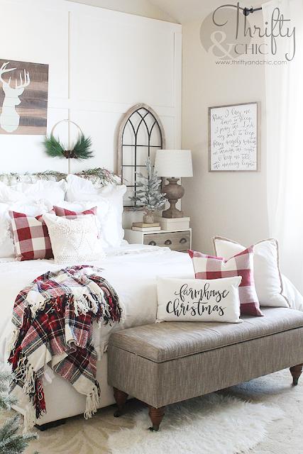 Farmhouse Christmas bedroom decor and decorating ideas. Christmas bedroom ideas. Red and white Christmas bedroom decor.