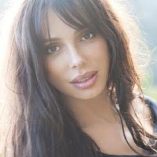 Oksana Grigorieva age, net worth, mel gibson, timothy dalton, wiki, biography