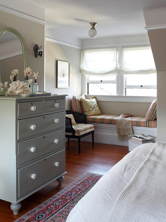 Color Paints of Minimalist Bedroom Shades of Beachy Sandy Creamy