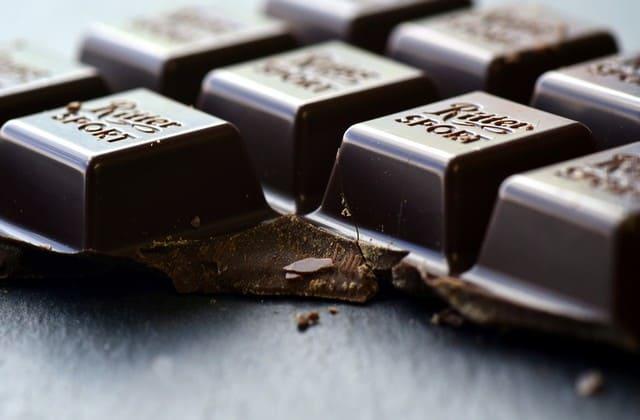 Dark coklat, ga perlu khawatir untuk memakannya
