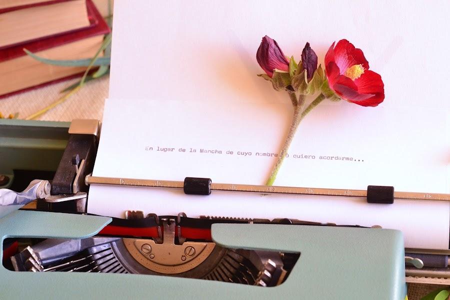 Decoracion bodas vintage maquina de escribir olivetti
