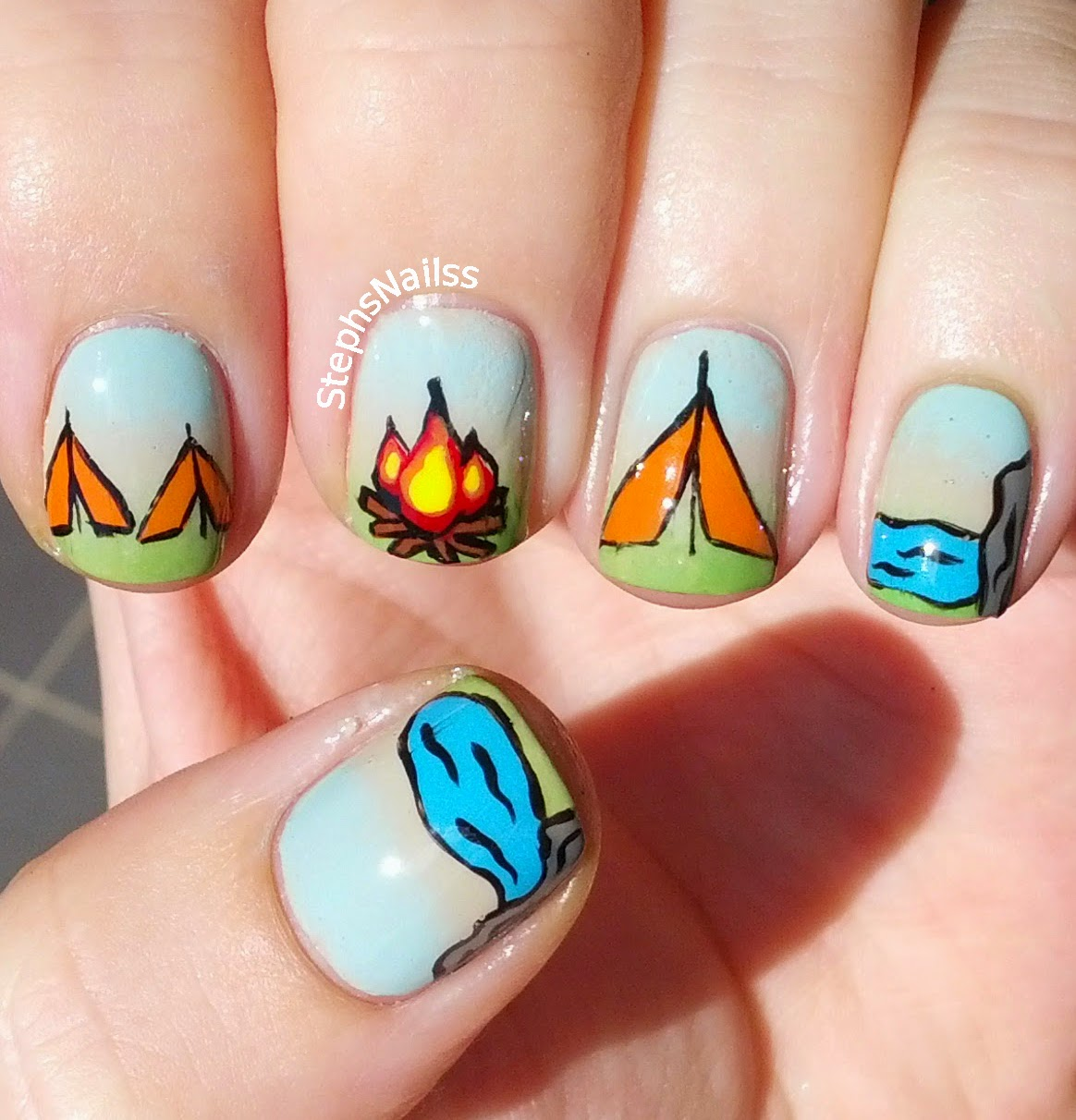 StephsNailss: Camping nails