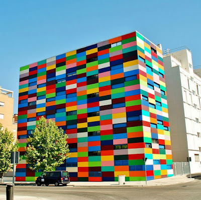 Building colors, Madrid, Spain