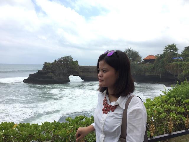 Tips Mengunjungi Tempat Wisata di Bali Bersama Teman-teman, Tanah Lot Bali