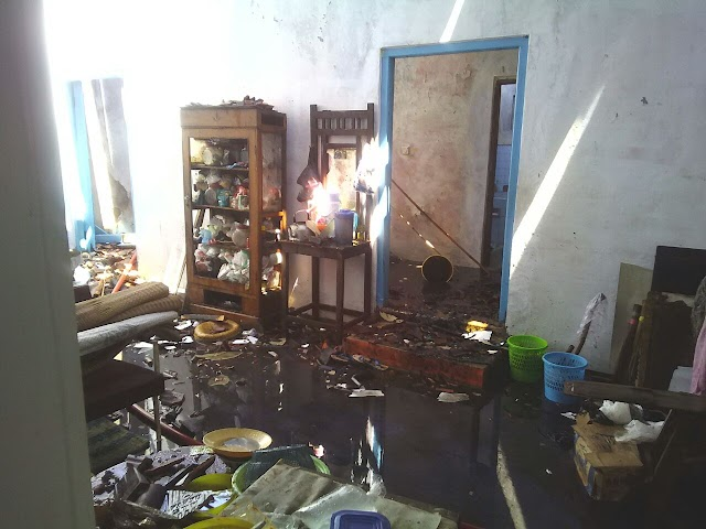 Tinggalkan Tungku Api Saat Masak Air, Sebuah Rumah Terbakar