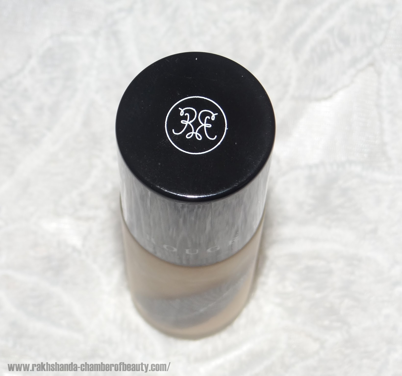 Rouge Bunny Rouge Milk Aquarelle in Almond Milk Parfait Foundation